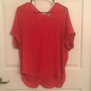 Red women's short sleeved shirt - Small